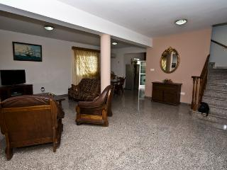 3 Bdrm Beach Villa Sup.InlandView Oroklini Larnaca