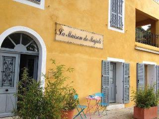 Maison Majoli / Caroline, Pila-Canale