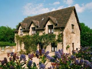 The Stables Fosse Farmhouse, Castle Combe