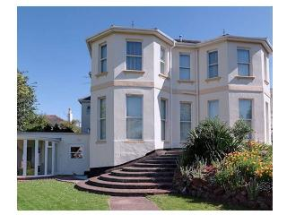 4 Carlton Manor, Paignton