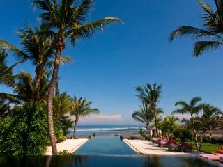 Mokenbo, Luxury 4-7BR,Beachfront Villa-Tabanan