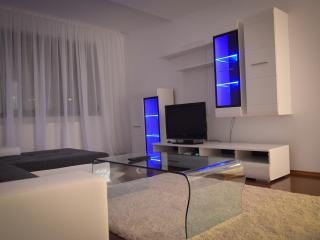 Luxury Apartment Aristide 9