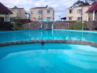 Luxurious Villa RIGHT ON BEACH