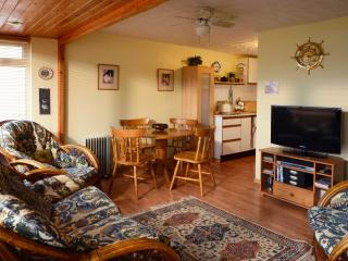 18 GoldenBayHolidays Beach Cottage, Westward Ho