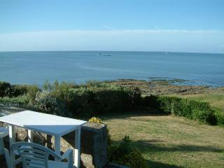 Bretagne sud, Maison pied dans l'eau (vue sur mer a 180 degres) , 8p, plages 50m