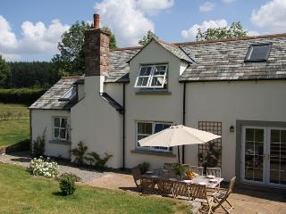 Mains Cottage. 10% off for Christmas week