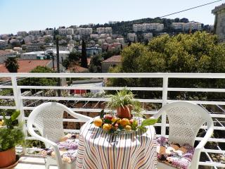 Apartment Kip - Two Bedroom Apartments with Balcony, Dubrovnik