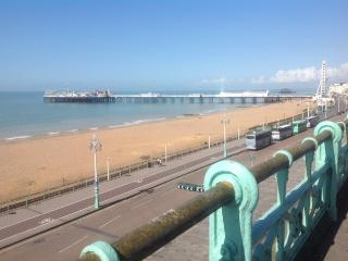 Seafront location, a short stroll to all attractions, shops & restaurants