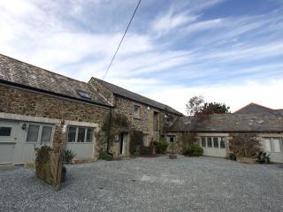 P85 - Corner Cottage, Trelights