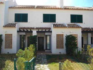 Casa Jarra a lovely house and 4 pools to choose, Benidorm