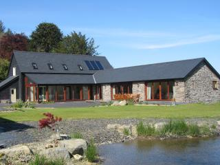 Garth Barns, Llanidloes