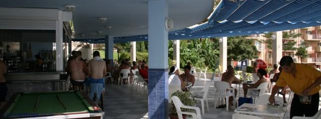Minerva pool bar