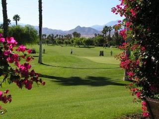 TWO BEDROOM CONDO ON NORTH NATOMA - 2CAGA, Palm Springs