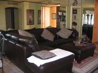 TWO BEDROOM CONDO ON SOUTH CHIMAYO - 2CYEE, Palm Springs