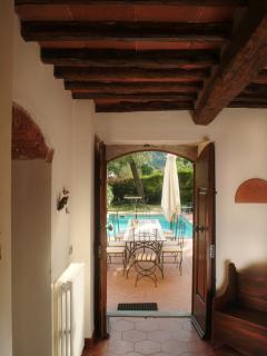 Villa - exit into garden