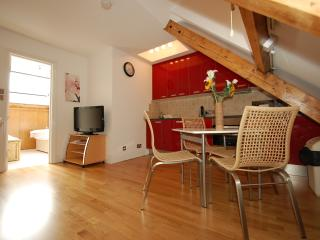 Beautiful attic apartment in Covent Garden, London
