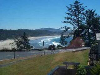 Apple Gate Beach House ~ RA69945, Otter Rock