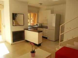 Portals Nous Beach Apartment close to beaches and  porta portals ,bbq,pool.