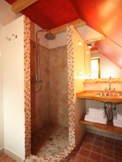 Bathrooms with Shower...