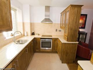 Cowper 415 Kitchen