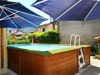 Vacation Rental with pool on lake Lugano, ideal for families and children