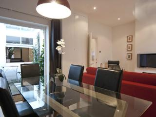Rock Gardens Apartment, Brighton