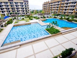 3 Bedroom Unit - Best Deal in Manila!!!