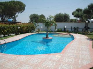 villa assunta con piscina