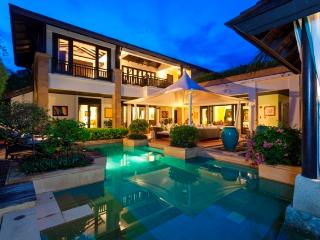 Villa Anga; beach at walking distance. PoolVilla, Bang Tao Beach