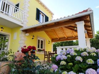 Apartment Lucy 2+1, Sea view, Cavtat