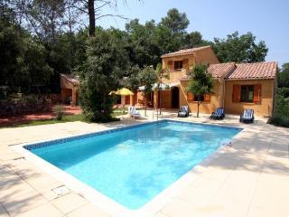 2579 Charming Provence villa with pool, Les Arcs sur Argens