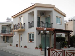 3 Bdrm Beach Villa Sea View Oroklini Larnaca