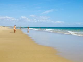 Family holidays beach and golf, Cabanas