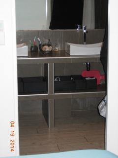 Master bedroom, with its classy en-suite bathroom