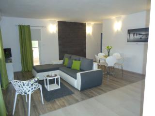 Villa Demonta apartment, Trogir