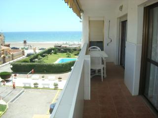 Apartment next to the beach, Rincon de la Victoria