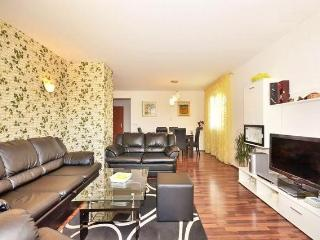 Apartman with BIG TERRACE&BBQ, Split