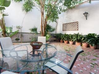 Habitación suite cama matrimonio, Sevilla