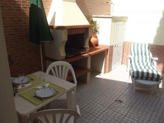 House big with BBQ, Atouguia da Baleia