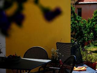 Agriturismo San Michele casa Girasole, Dolcedo