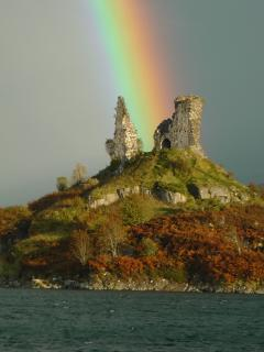 Castle Moil is a nice half hour round walk from the house- just beware the tide!