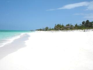 Whitby Beach Cottage, Providenciales