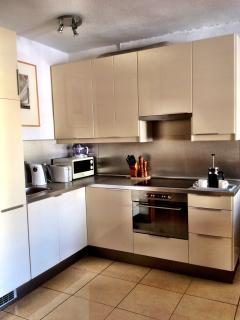 Cocina equipada / Full equip Kitchen