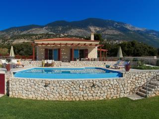 Villa Ainos