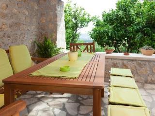 Holiday flat Petar in Orasac