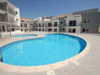 VARAPT53 2 Bedroom Apt Kapparis, 5 mins from Beach, Protaras