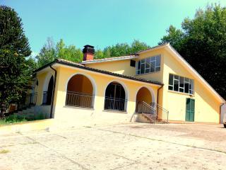 Villa Dei Pini, Orte