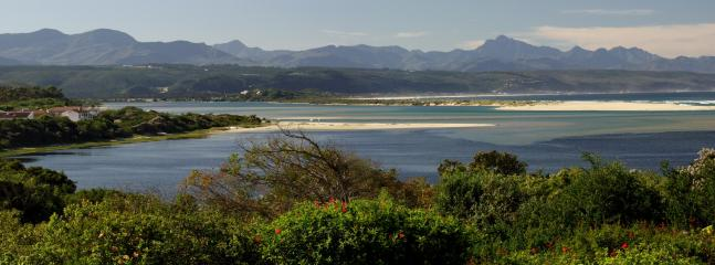 Stunning view of Keurbooms Lagoon & Outiniqua Mountains. from top floor your have 360 degree vie