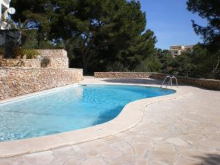 Mallorca apartment with garden next to the sea, Cala Ferrera