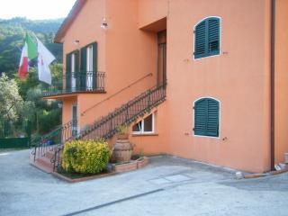 "Residenza ""I Leoni"" Castagno"